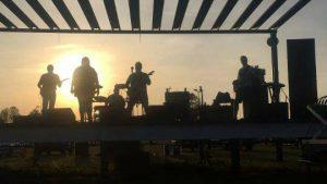I-44 performing at Da Bayou
